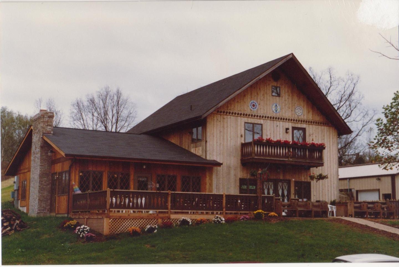 1992 Blumenhof Winery