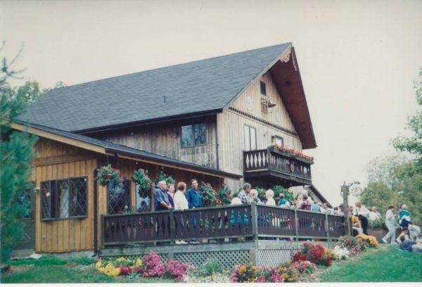 October 1987 Blumenhof Winery