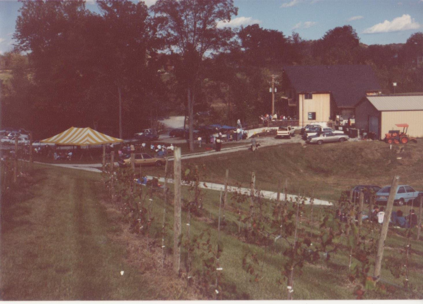 October 1989 Blumenhof Winery